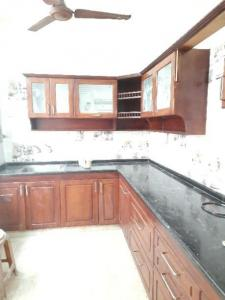 Gallery Cover Image of 1985 Sq.ft 2 BHK Apartment for rent in Shenoy Nagar for 30000
