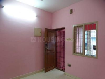 Gallery Cover Image of 486 Sq.ft 1 RK Independent House for rent in Mogappair for 7500