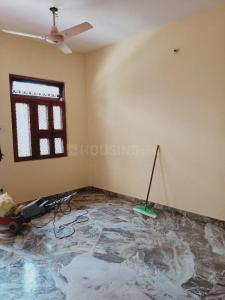 Gallery Cover Image of 900 Sq.ft 2 BHK Independent Floor for rent in Vasant Kunj for 21000