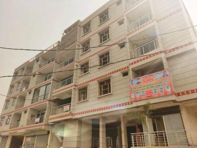 Gallery Cover Image of 1100 Sq.ft 3 BHK Independent Floor for buy in Sector 87 for 2550000