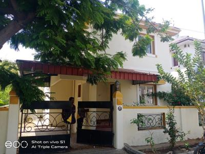 Gallery Cover Image of 1800 Sq.ft 3 BHK Independent House for buy in Pallikaranai for 14500000