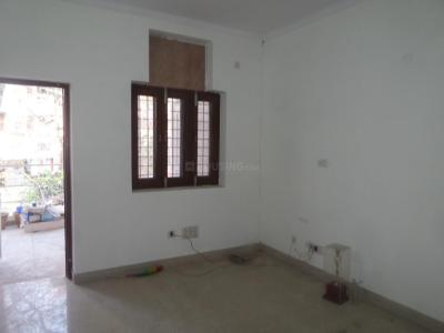 Gallery Cover Image of 720 Sq.ft 2 BHK Apartment for buy in DDA MIG Flats , Janakpuri for 12500000