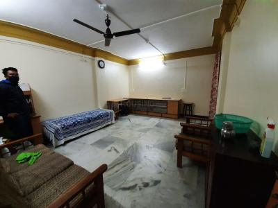 Gallery Cover Image of 1200 Sq.ft 2 BHK Apartment for rent in Abhijit Apartment, Narayan Peth for 21000