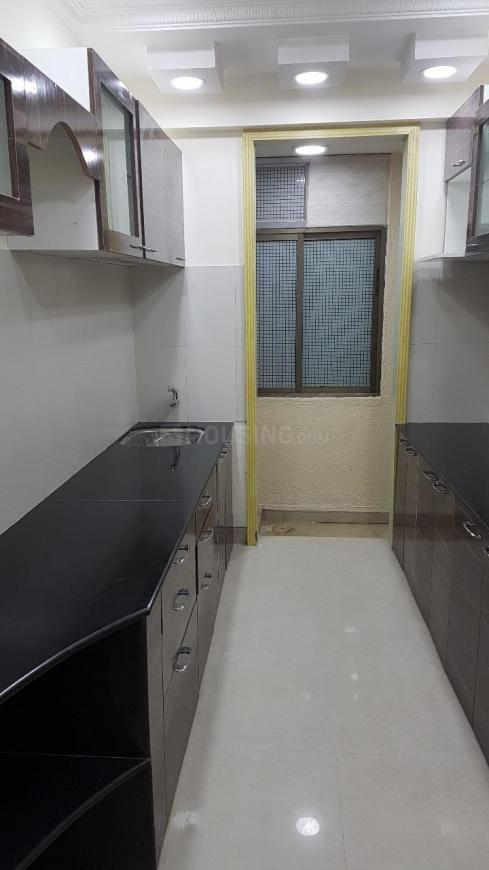 Kitchen Image of 575 Sq.ft 2 BHK Apartment for buy in Ghatkopar East for 14000000