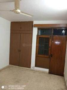 Gallery Cover Image of 3500 Sq.ft 4 BHK Apartment for rent in New Friends Colony for 70000