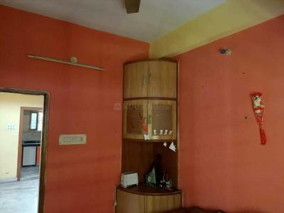 Gallery Cover Image of 1080 Sq.ft 3 BHK Independent Floor for buy in Lake Town for 5000000