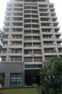 Gallery Cover Image of 1850 Sq.ft 3 BHK Apartment for buy in Dadar West for 75000000