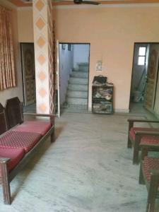 Gallery Cover Image of 392 Sq.ft 1 BHK Independent House for rent in Sector 25 Rohini for 10000