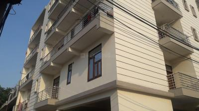 Gallery Cover Image of 900 Sq.ft 2 BHK Apartment for buy in Sector 15 for 5500000