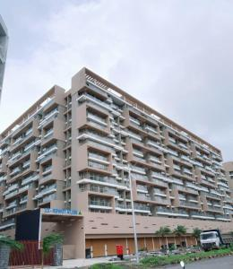 Gallery Cover Image of 1739 Sq.ft 3 BHK Apartment for buy in Ulwe for 15000000