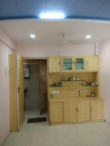 Gallery Cover Image of 825 Sq.ft 2 BHK Apartment for rent in Borivali West for 26000