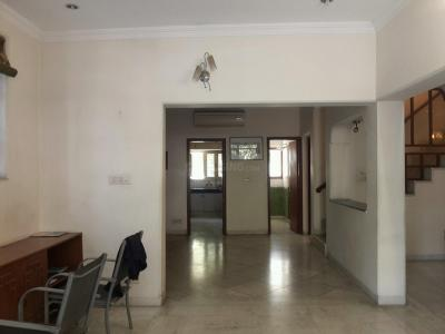 Gallery Cover Image of 2250 Sq.ft 3 BHK Apartment for buy in Hill View Apartments, Vasant Vihar for 36000000