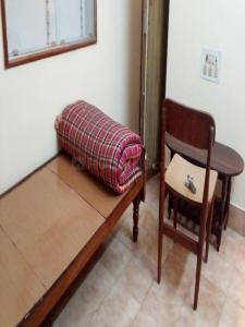 Gallery Cover Image of 400 Sq.ft 1 RK Independent Floor for rent in Indira Nagar for 9000