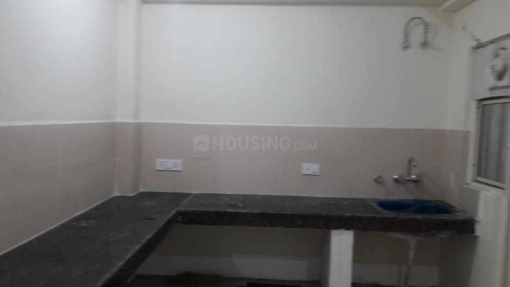 Kitchen Image of 995 Sq.ft 2 BHK Apartment for rent in Noida Extension for 5500