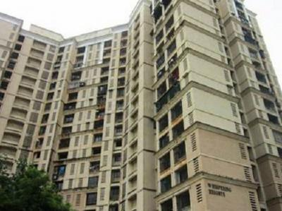 Gallery Cover Image of 1800 Sq.ft 3 BHK Apartment for buy in Malad West for 31100000