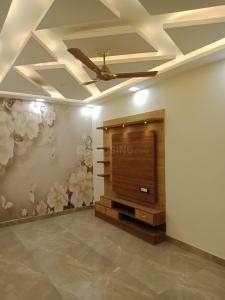 Gallery Cover Image of 1500 Sq.ft 4 BHK Independent Floor for buy in Madhu Vihar for 7500000