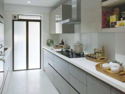 Gallery Cover Image of 1050 Sq.ft 2 BHK Apartment for buy in Bandra East for 34000000