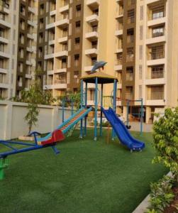 Gallery Cover Image of 595 Sq.ft 1 RK Apartment for rent in KM Narmada Mohan Apartment, Naigaon East for 6500