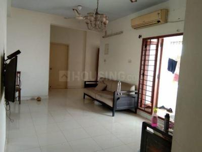 Gallery Cover Image of 2000 Sq.ft 3 BHK Apartment for rent in Ekkatuthangal for 50000
