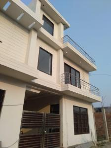 Gallery Cover Image of 1350 Sq.ft 3 BHK Independent House for buy in Gomti Nagar for 4800000