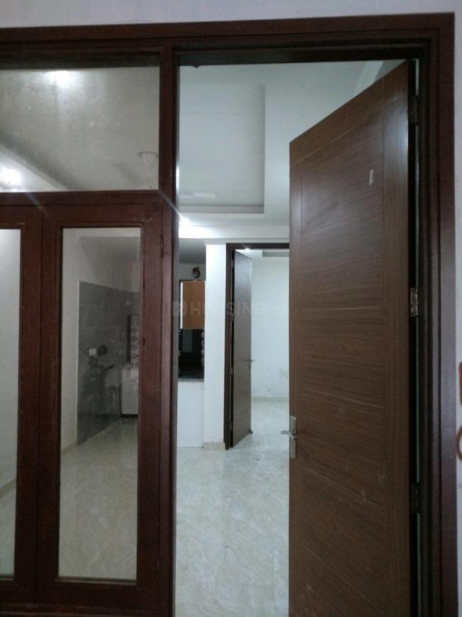 Main Entrance Image of 500 Sq.ft 1 BHK Apartment for buy in Chhattarpur for 1700000