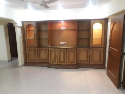 Gallery Cover Image of 1400 Sq.ft 3 BHK Apartment for rent in Khar West for 110000