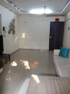 Gallery Cover Image of 850 Sq.ft 2 BHK Apartment for rent in Ritej Jaydev Tower, Kandivali West for 38000