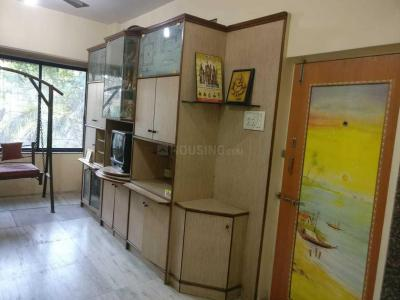 Gallery Cover Image of 1000 Sq.ft 3 BHK Apartment for rent in Bandra East for 100000
