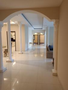 Gallery Cover Image of 7000 Sq.ft 4 BHK Villa for rent in Ghitorni for 180000