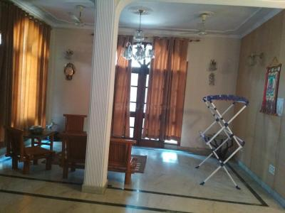 Gallery Cover Image of 1600 Sq.ft 2 BHK Independent Floor for rent in Sector 41 for 22000