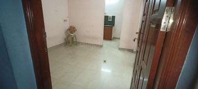 Gallery Cover Image of 650 Sq.ft 1 BHK Independent Floor for rent in Perumbakkam for 6500