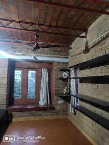 Gallery Cover Image of 1850 Sq.ft 4 BHK Independent House for rent in Sahakara Nagar for 46000