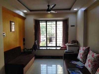 Gallery Cover Image of 600 Sq.ft 1 BHK Apartment for rent in Sheth Vasant Galaxy, Goregaon West for 36000