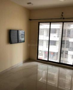 Gallery Cover Image of 900 Sq.ft 2 BHK Apartment for rent in New India Grace Luxuria, Malad West for 45000