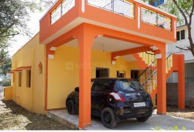 Gallery Cover Image of 2880 Sq.ft 2 BHK Independent House for rent in  Selaiyur, Selaiyur for 15000