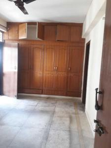 Gallery Cover Image of 2100 Sq.ft 4 BHK Apartment for rent in Sector 4 Dwarka for 29000