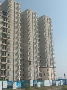 Gallery Cover Image of 1456 Sq.ft 2 BHK Apartment for buy in Okas Residency, Golf City for 5714000