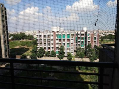 Gallery Cover Image of 1770 Sq.ft 3 BHK Apartment for buy in Makarba for 7600000
