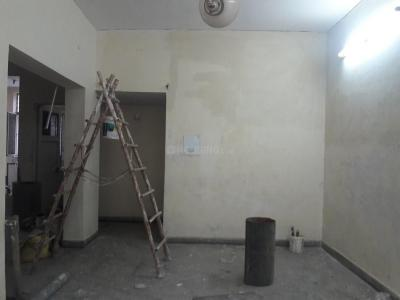 Gallery Cover Image of 1050 Sq.ft 2 BHK Apartment for rent in Jasola for 22000