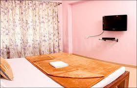 Gallery Cover Image of 1100 Sq.ft 2 BHK Apartment for rent in Anand Nagar for 20000
