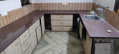 Gallery Cover Image of 1500 Sq.ft 3 BHK Independent Floor for rent in Model Town for 27000