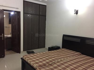 Gallery Cover Image of 2100 Sq.ft 3 BHK Independent Floor for buy in Sarvapriya Vihar for 26000000
