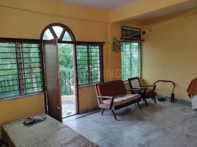 Gallery Cover Image of 1200 Sq.ft 3 BHK Apartment for rent in Dum Dum Cantonment for 12000
