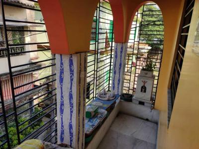 Gallery Cover Image of 1200 Sq.ft 3 BHK Apartment for buy in Behala for 4000000