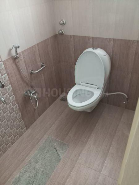Bathroom Image of 1750 Sq.ft 3 BHK Apartment for rent in Porur for 27000
