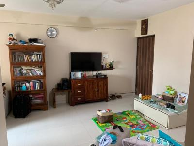 Gallery Cover Image of 1050 Sq.ft 2 BHK Apartment for buy in Goregaon West for 25000000