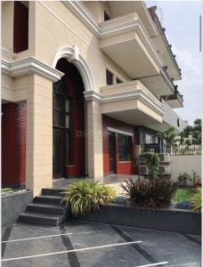 Gallery Cover Image of 3600 Sq.ft 4 BHK Villa for buy in Sector 39 for 120000000