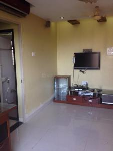 Gallery Cover Image of 580 Sq.ft 1 BHK Apartment for rent in Kandivali East for 25000