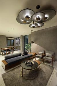 Gallery Cover Image of 1985 Sq.ft 3 BHK Apartment for buy in Bopal for 6352000