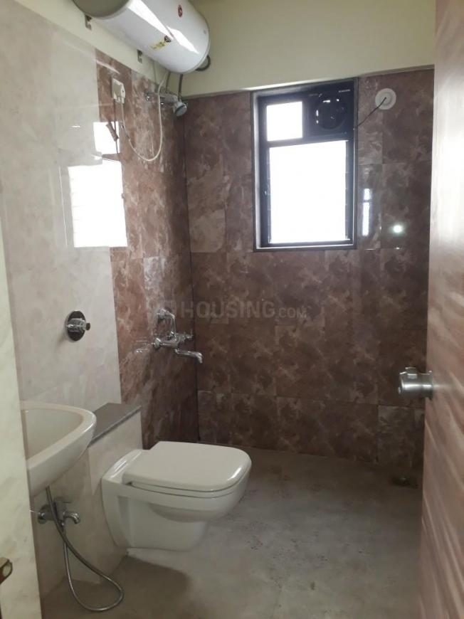 Common Bathroom Image of 1150 Sq.ft 2 BHK Apartment for rent in Mohammed Wadi for 17000